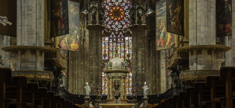 interno-duomo-di-milano-kerkfotografie